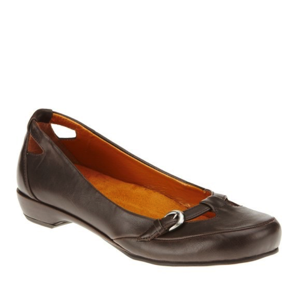 8fb13b4387 These pretty dress shoes feature a very slight heel. If you're looking for  a pair of good dress shoes for plantar fasciitis that are flat, ...