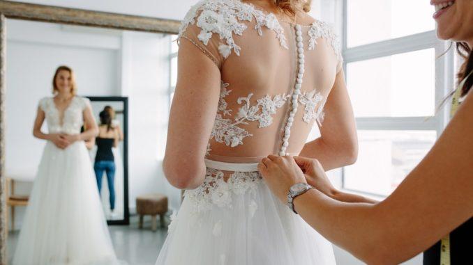Favorite Bridal Bras By Neckline Lifestyle Shop Like Her,Wedding Bridal Dresses Red And Golden